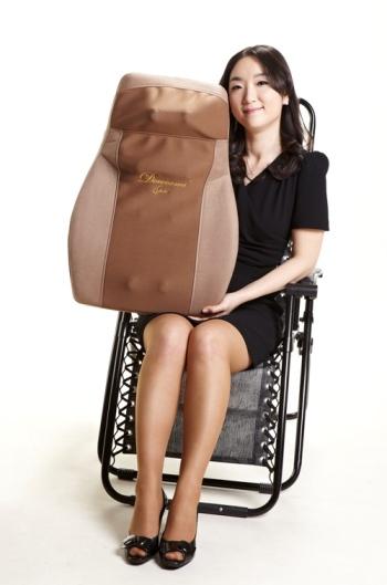 웰빙도우미안마기 거꾸로 사용, 주무름/두드림 겸용안마기 제품사진
